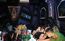 36 dân chơi dương tính ma túy trong tiệc sinh nhật tại quán karaoke