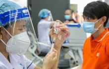 Hà Nội sẽ tiêm 200.000 mũi vắc-xin Covid-19/ngày: Ai được tiêm trước?
