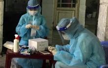 Lập bàn thờ vọng cho nữ sinh viên Hải Dương chống dịch Covid-19 ở TP HCM chịu tang cha