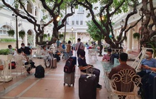 """Nhiều khách sạn ở Việt Nam """"thoát hiểm"""" trong đại dịch nhờ cách này"""