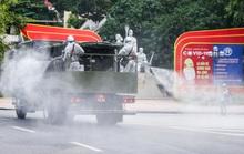 15 xe đặc chủng ra quân phun khử khuẩn ở thành phố Hà Nội