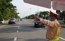 Tráo tài xế, xe tải chở hàng từ TP HCM vượt chốt kiểm soát vào Đà Nẵng