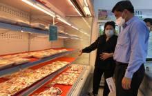 Giá gà công nghiệp giảm sâu, chỉ còn 10.000 đồng/kg
