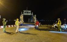 CSGT giúp 4 người hoàn thành cách ly về quê an toàn trong đêm
