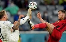 Pha ăn vạ trong trận thắng của Ý trước tuyển Bỉ
