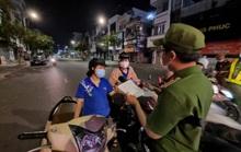 Đà Nẵng lập nhiều chốt kiểm soát, đường phố vắng người đi lại