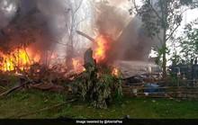 Philippines: Máy bay quân sự hạ cánh trượt đường băng, bốc cháy dữ dội