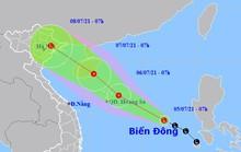 Vùng áp thấp vào Biển Đông, khả năng mạnh thêm