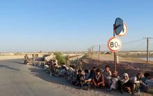 Đụng độ Taliban, cả ngàn binh sĩ Afghanistan bỏ chạy sang Tajikistan