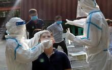 Nam bảo vệ trốn khai báo y tế lây Covid-19 cho 3 người, 2.000 công nhân bị ảnh hưởng
