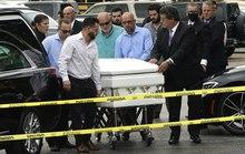 Đẫm nước mắt trong tang lễ đầu tiên của nạn nhân vụ sập chung cư Mỹ