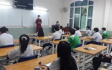"""Những giây phút """"thót tim"""" tại điểm thi Trường THPT Lê Quý Đôn - nơi có thí sinh F0"""