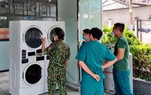 Doanh nghiệp ủng hộ máy giặt sấy cho Bệnh viện dã chiến số 5