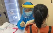 Bệnh viện Hùng Vương tiêm vắc-xin Covid-19 cho thai phụ