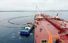 Nhà máy lọc dầu kêu cứu