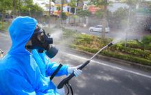 Vẫn còn cơ sở y tế phun khử khuẩn lên người bệnh, Bộ Y tế yêu cầu dừng ngay