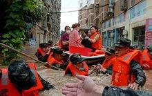 Trung Quốc: Ác mộng lũ lụt lại trỗi dậy, gần 800 hồ chứa vượt cảnh báo lũ