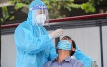 Người đàn ông đưa người thân đi viện khám phát hiện tái nhiễm SARS-CoV-2 sau gần 1 năm