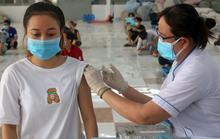 Bình Dương đề xuất tiêm vắc-xin Covid-19 cho trẻ 12-18 tuổi, Bộ Y tế nói gì?