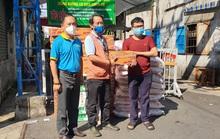 Hỗ trợ người dân khó khăn và các bác sĩ chống dịch