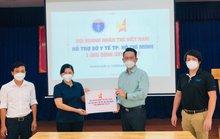 Sở Y tế TP HCM tiếp nhận 1.000 bình oxy 40 lít do Hội doanh nhân trẻ trao tặng