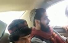 Bị Taliban lôi đi, danh hài Afghanistan vẫn chọc tức đến phút chót