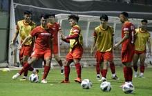 Đội tuyển Việt Nam: Ưu tiên 1 cầu thủ đá 2 vị trí
