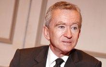 Ông trùm hàng hiệu của Pháp trở lại là người giàu nhất thế giới