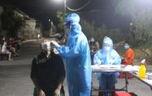 Lấy mẫu xét nghiệm cộng đồng ở TP Vinh, phát hiện 83 ca nhiễm SARS-CoV-2