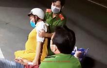 Thiếu tá công an giúp sản phụ đến bệnh viên sinh con an toàn