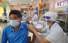 Bộ Y tế lý giải vì sao chưa tiêm vắc-xin Covid-19 dịch vụ?