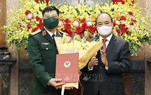 Chủ tịch nước trao Quyết định thăng quân hàm Thượng tướng Quân đội