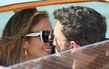 Hình ảnh Jennifer Lopez và Ben Affleck tình tứ tại Ý gây sốt