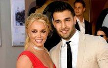 Britney Spears đính hôn, cha cô vội bảo vệ tài sản con gái