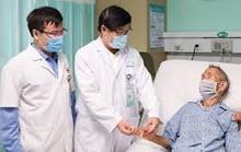 Mới bị gãy xương, có tiêm vắc-xin Covid-19 được không?
