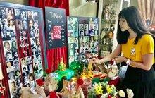 Nghệ sĩ TP HCM cúng Giỗ Tổ sân khấu tại nhà