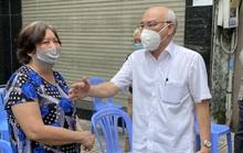 Lãnh đạo TP HCM kiểm tra bất ngờ công tác chống dịch tại quận 5