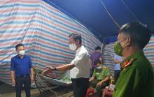 Quảng Bình: Bí thư huyện vi hành kiểm tra các chốt kiểm dịch lúc 1 giờ sáng