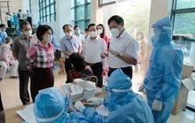 Bộ Y tế đề nghị xử lý vi phạm trong tổ chức xét nghiệm, tiêm vắc-xin
