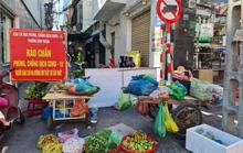 """Tiểu thương tràn xuống vỉa hè lập """"chợ cóc"""" giữa trung tâm TP Đà Nẵng"""