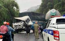 Xe tải đối đầu xe trộn bê-tông rồi dính chùm, chắn ngang đèo Bảo Lộc
