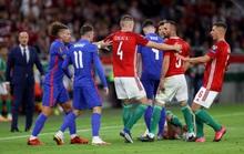 Bùng nổ muộn màng, tuyển Anh thắng 4 sao tại chảo lửa Budapest