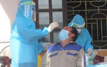 Đi tiêm vắc-xin mũi 2 về bị sốt, xét nghiệm nhiễm SARS-CoV-2