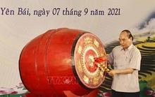 Chủ tịch nước đánh trống khai giảng tại Trường Phổ thông Dân tộc nội trú THPT tỉnh Yên Bái