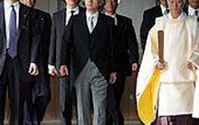Trung Quốc phản đối kịch liệt chuyến thăm đền Yasukuni của thủ tướng Nhật Bản Koizumi
