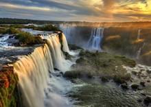 Hoàng hôn lộng lẫy từ 7 kỳ quan thiên nhiên mới