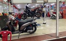 Vài lưu ý khi sử dụng xe máy trong mùa mưa