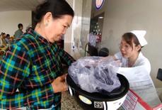 Lần đầu tiên VN dùng ca nô cấp cứu người bệnh