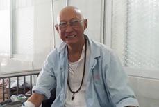 Nghệ sĩ Lê Bình cô độc chống chọi căn bệnh quái ác
