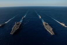 Cận cảnh cuộc tập trận chung của 2 tàu sân bay Mỹ trên biển Philippines